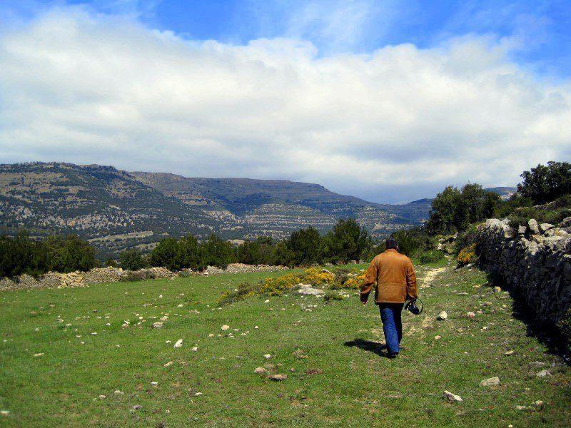 Hiking to Cova Remigia in Castillon, Spain!