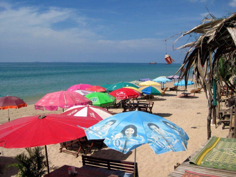 Ko Lanta, Thailand: the beach does a teacher good!