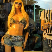 Mannequin Chests and Rumps Worldwide: Miami Update