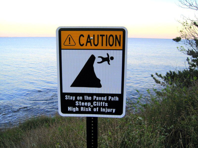 Don't fall off the cliff in Newport's Cliff Walk!