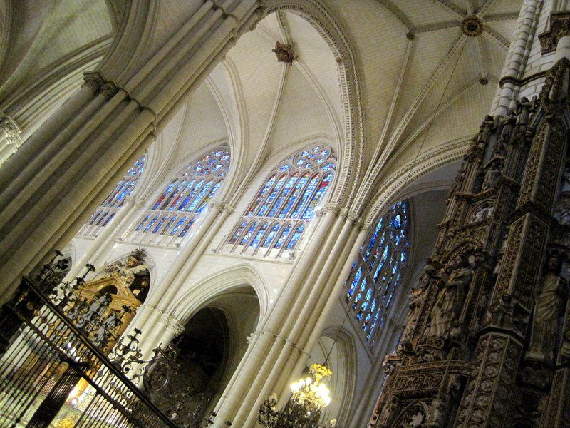 Toledo Cathedral has sky-high ceilings. Wow!