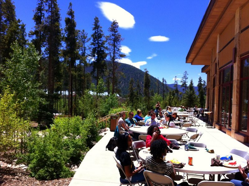 Informal networking during lunch at TBEX Keystone, Colorado.