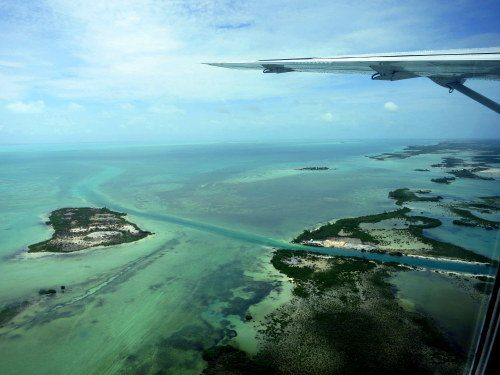 Flying into Ambergris Caye, Belize on a TINY plane!