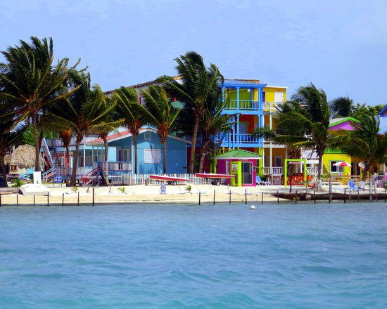 Happy colors in relaxed Caye Caulker, Belize.