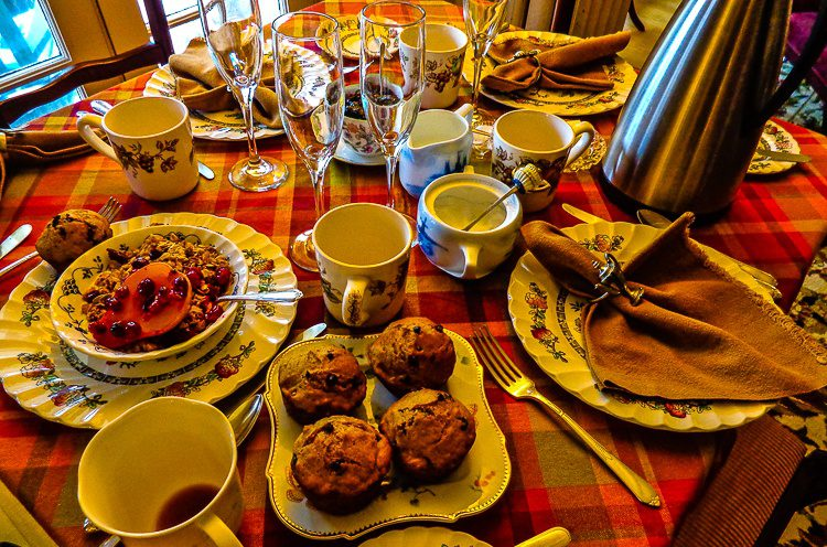 Wake up to a delicious home-cooked breakfast! Yes, those are pumpkin-chocolate muffins.