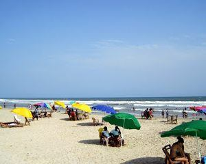 Couchsurfing Instructions, and a Ghana Beach!