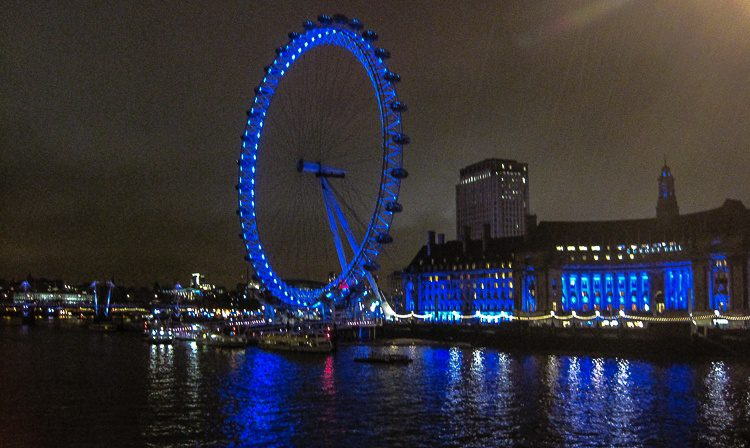 The London Eye is winking across the Thames at Ben!