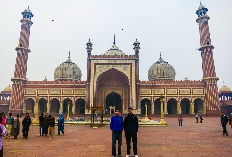 Colin and David in front of the glorious mosque. Wow!