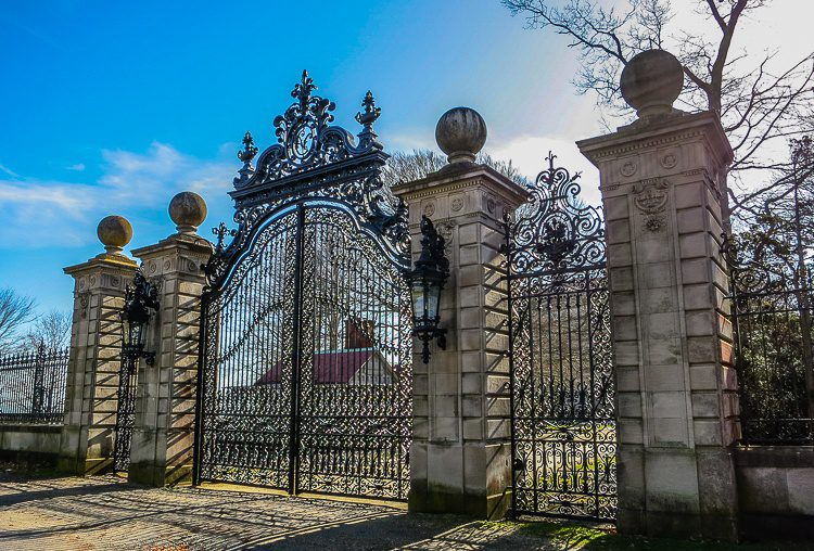 "The ""welcoming"" front gate of Marble House mansion."