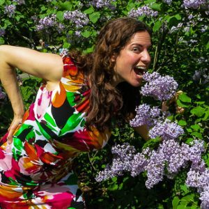 12 Strange, Funny Pregnancy Symptoms of Months 1-4