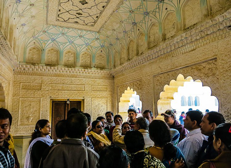 Lots of people in India and lots of tourists at the Amer Fort!