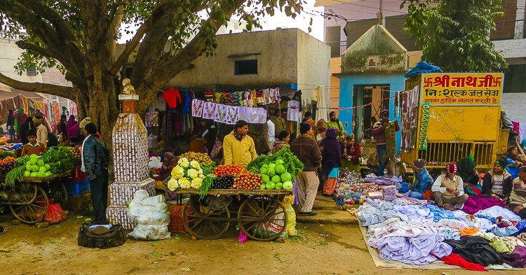 This market in Agra, India reveals more smell origins.