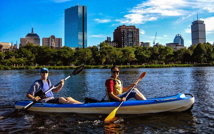 Kayaking with friends in Boston is heaven!