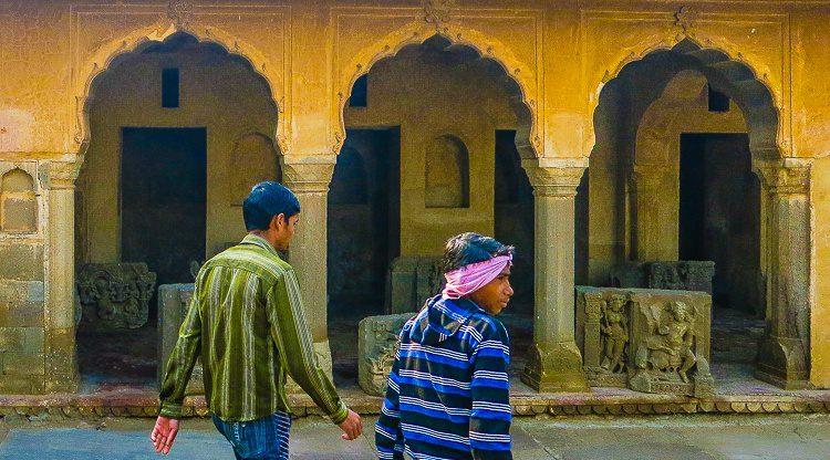 Decorative art and visitors.
