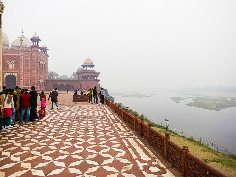 What's behind the Taj Mahal? A wet swamp and mist-draped nature.