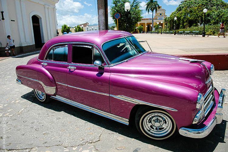 Okay, okay -- no post on Cuba is complete without the fancy old-fashioned cars.