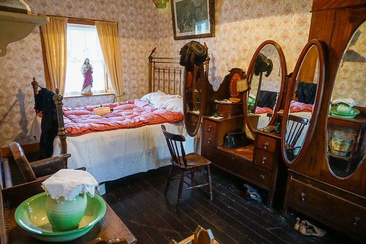 A bedroom in a house in Bunratty Folk Park.