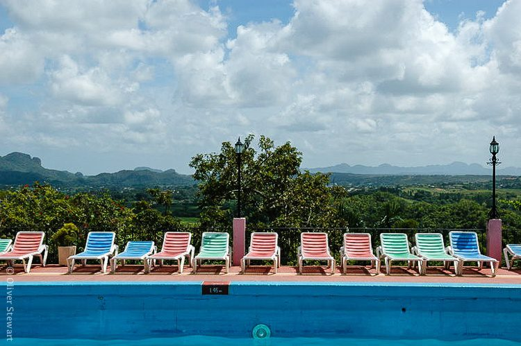 The pool in our Viñales hotel, surrounded by nature.