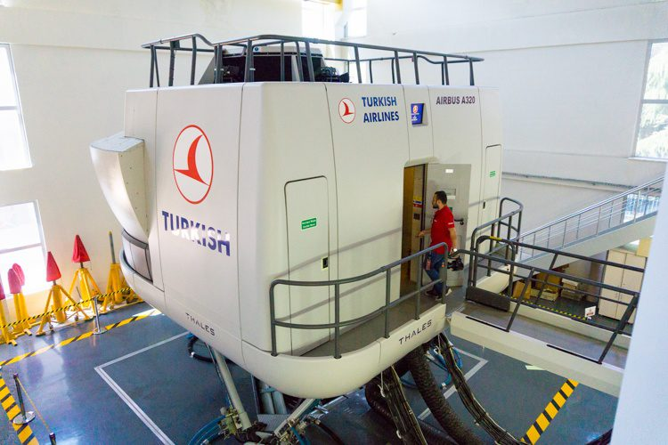 The Turkish Airlines pilot training flight simulator. The whole thing moves!