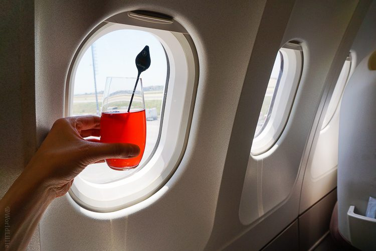 The welcome drink in Business Class.
