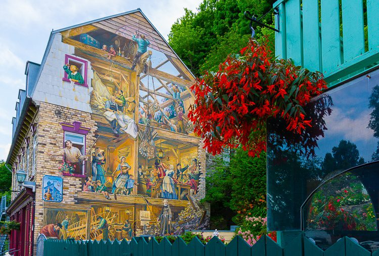 Old Quebec mural street art