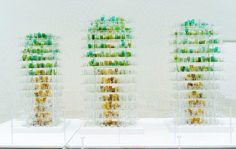 """Corning museum of glass: These """"trees"""" are made out of secondhand drinking glasses!"""