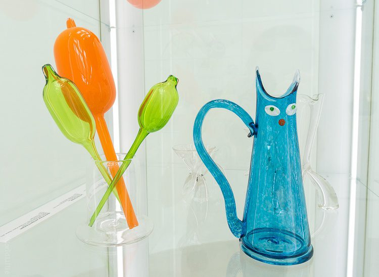 Corning glass museum: pipettes and cat vase