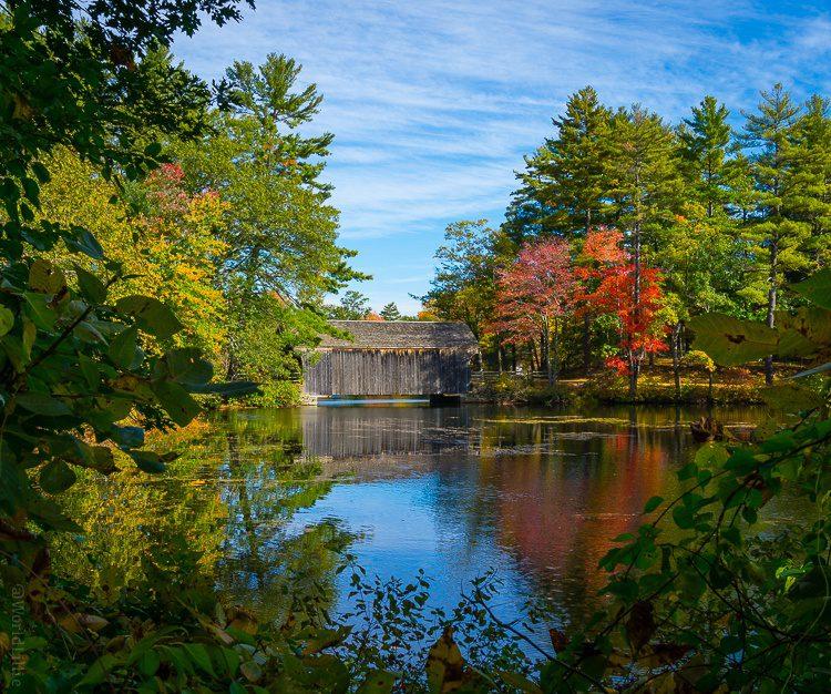 Covered bridge Old Sturbridge Village, Massachusetts autumn
