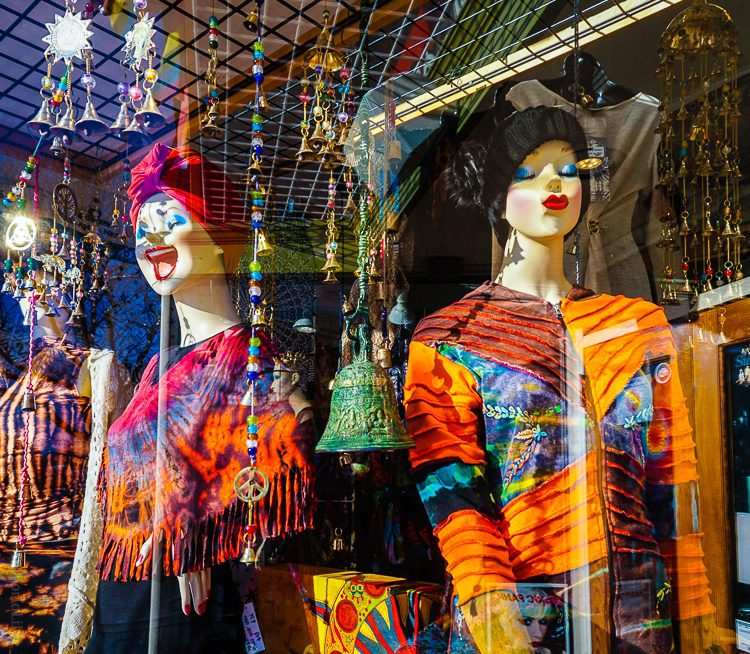 Even the mannequins are colorful and happy here!