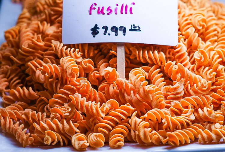 Sriracha-flavored fusilli pasta!