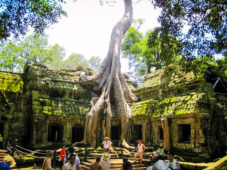 Angkor Wat, Cambodia, seen by my compact Canon.
