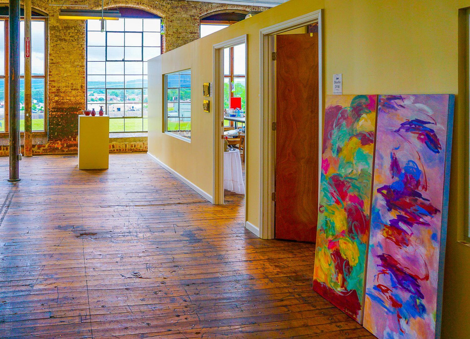Giant windows line the long halls of the mill: Perfect for art creation.