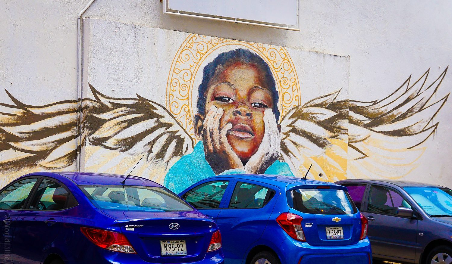 A stunning mural in Willemstad.