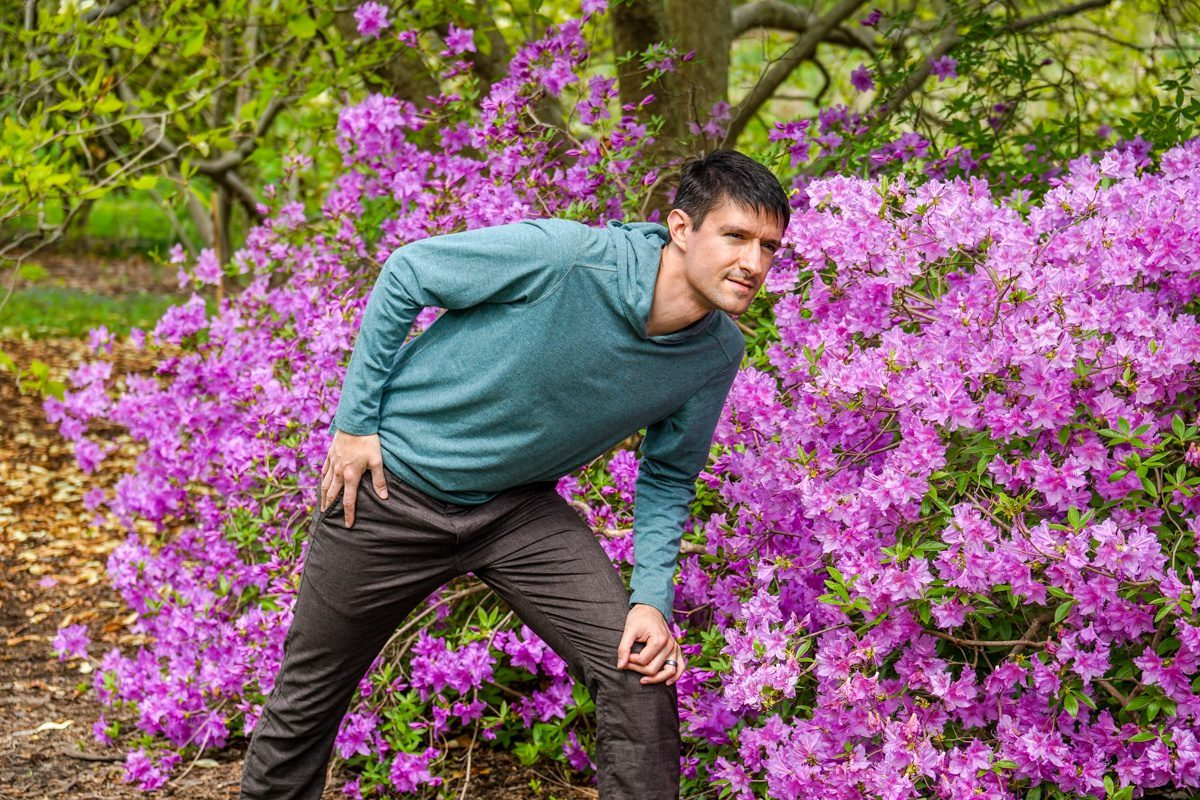 """""""Pretend to smell the flowers, but tilt to model the clothes!"""""""