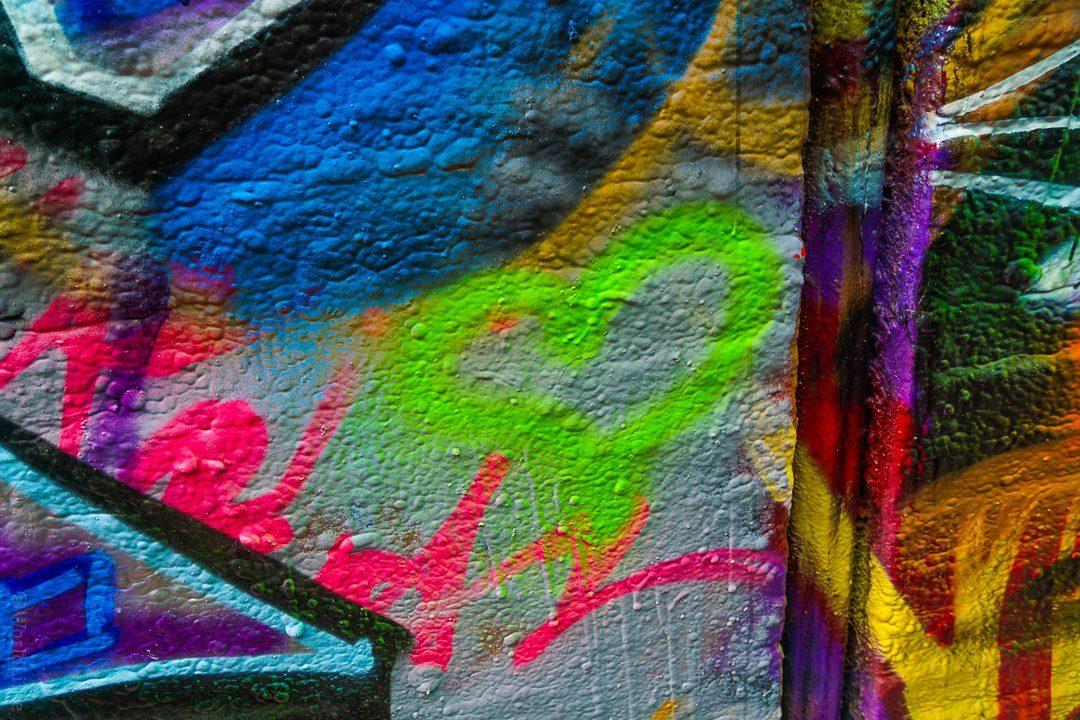 Steph's heart on Graffiti Alley!