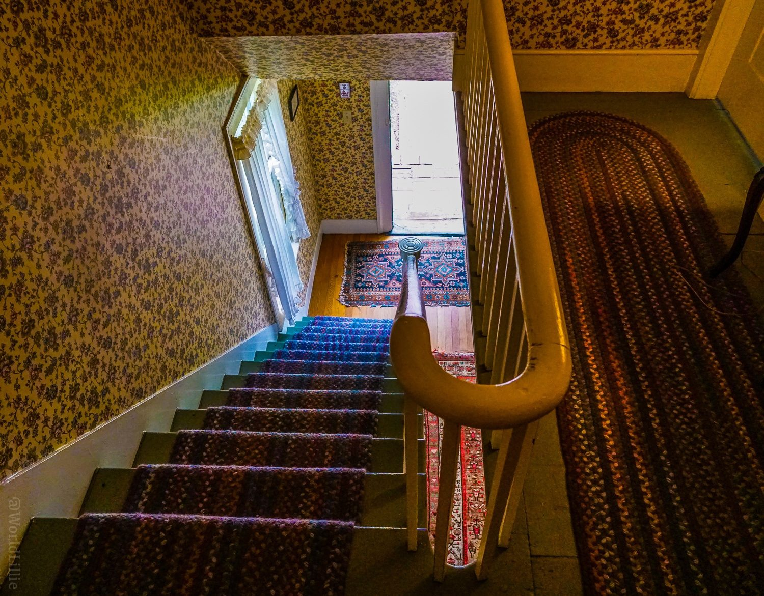 Staircases and historic hotel carpets and wallpaper at the Red Lion Inn