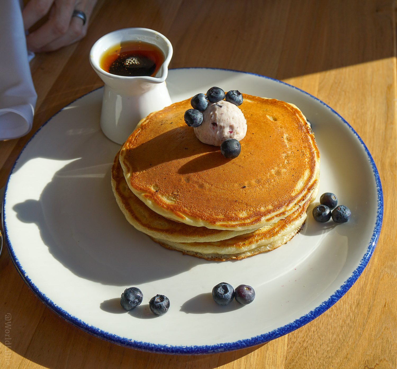 Inn by the Sea Maine Resort: Blueberry pancakes
