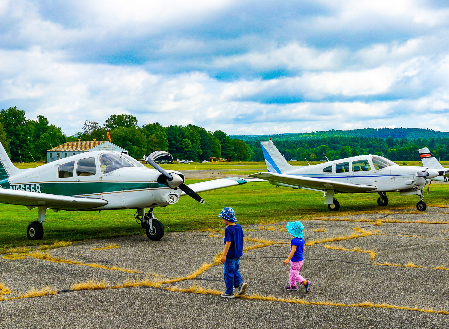 Kids can walk right up to the planes.
