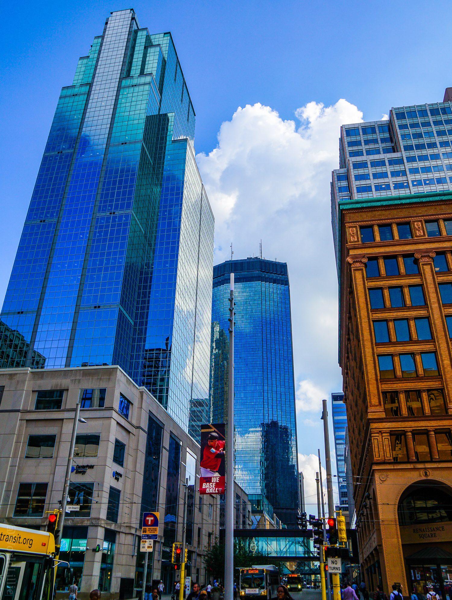 Minneapolis buildings downtown