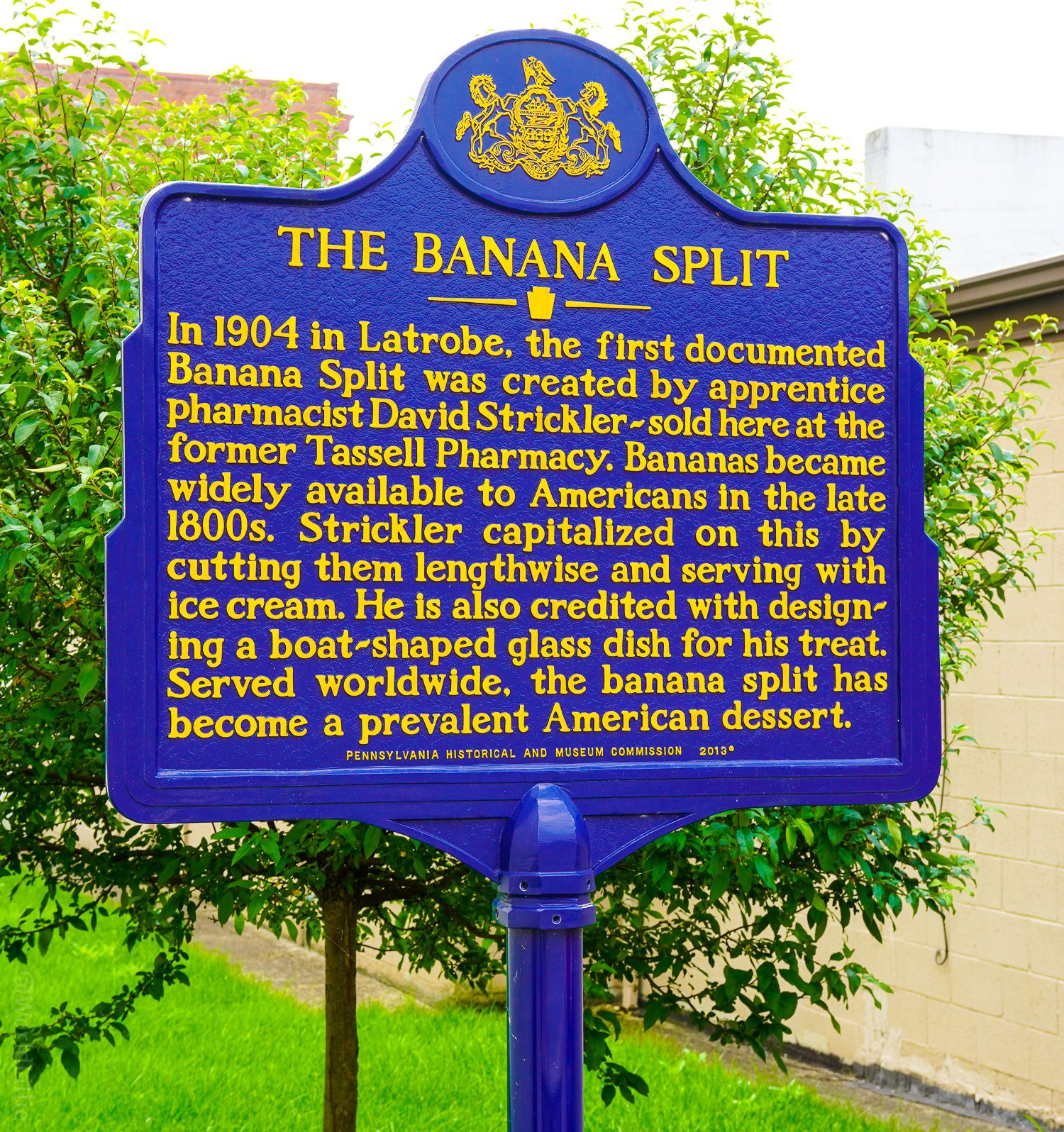 Banana Split history on a plaque.