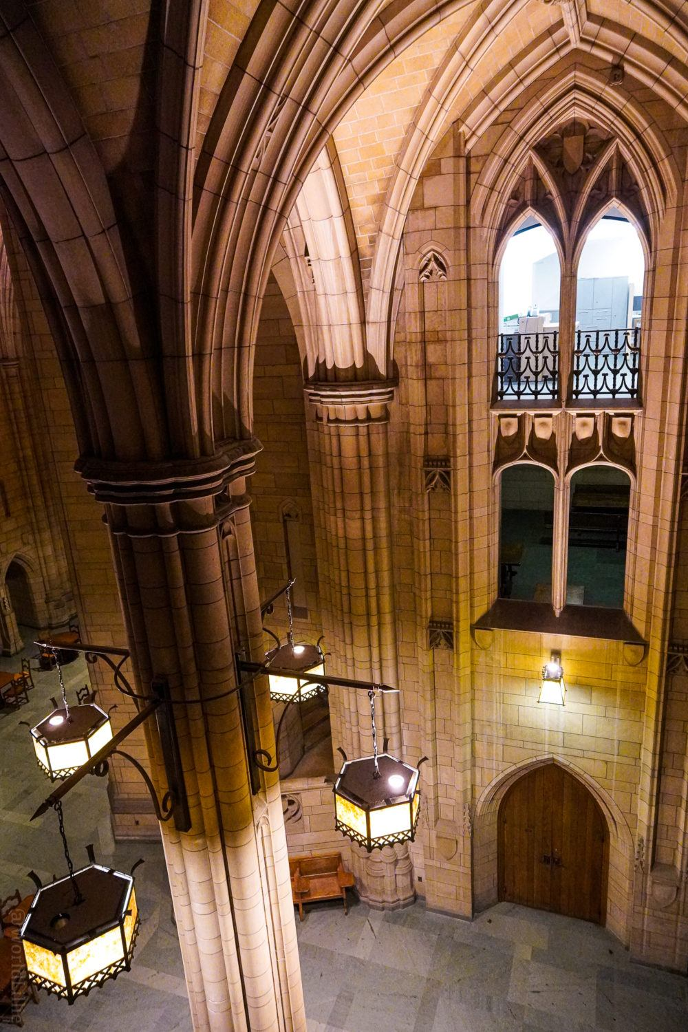 Such amazing arches in the Cathedral of Learning.