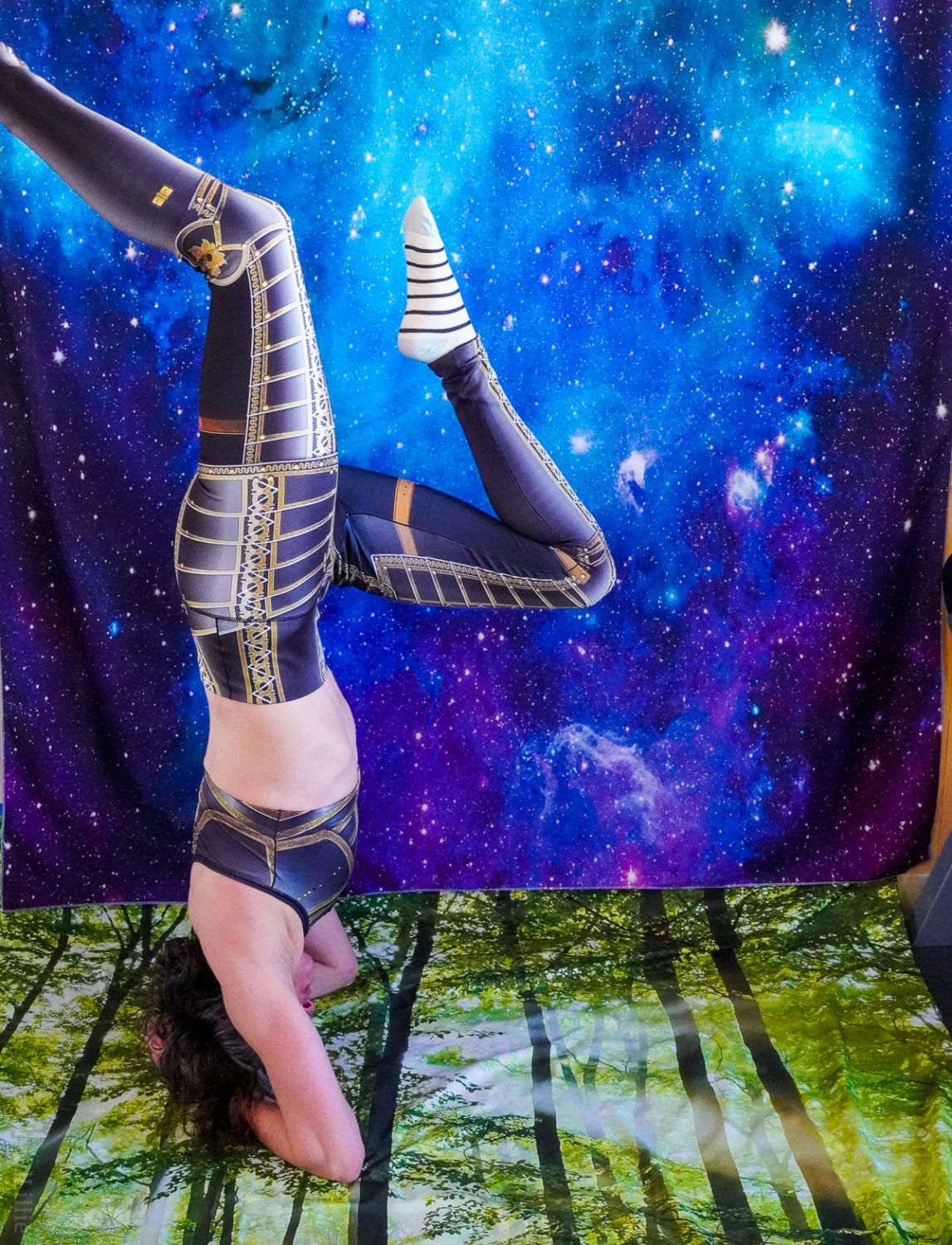 Armor leggings and headstand
