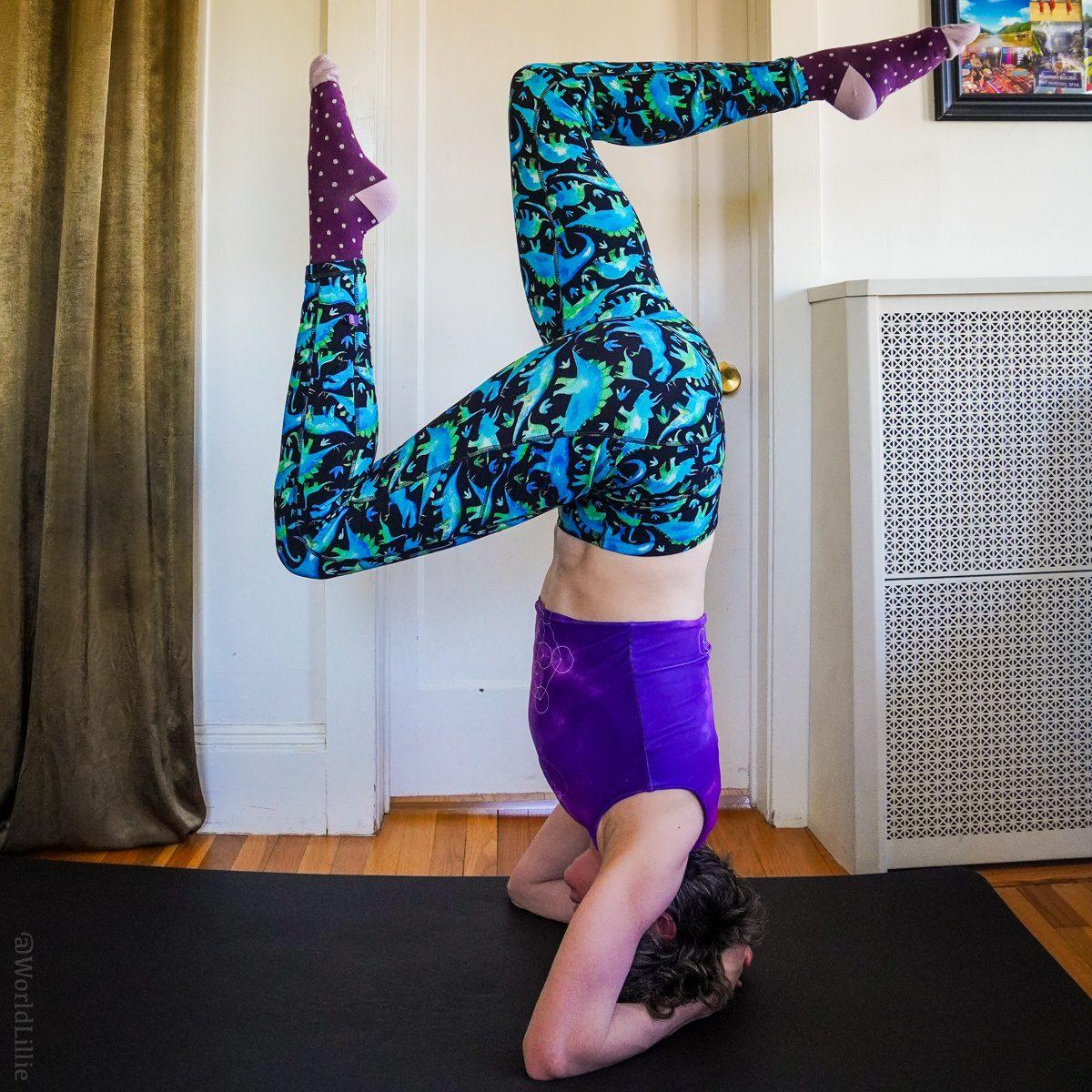 Dino leggings headstand!
