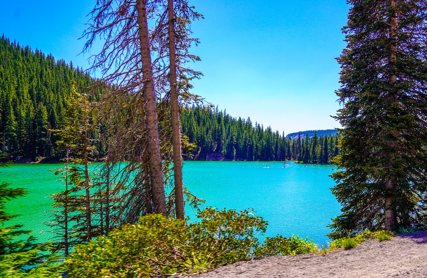 Why is Devil's lake so azure blue-green?