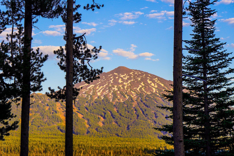 Beautiful light on Mount Bachelor.
